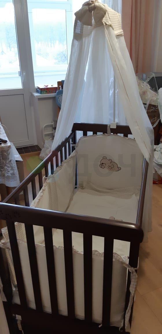 Детская кроватка Соня от Veres с маятником