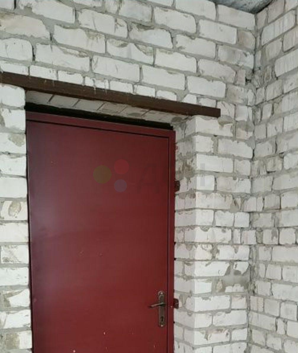 Продам квартиру 40м.кв, под свободную планировку