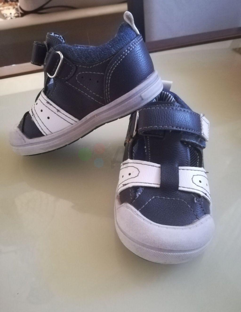 Туфли ботинки кроссовки на мальчика